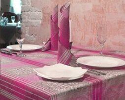 Tischdecken, Servietten und Tischläufer